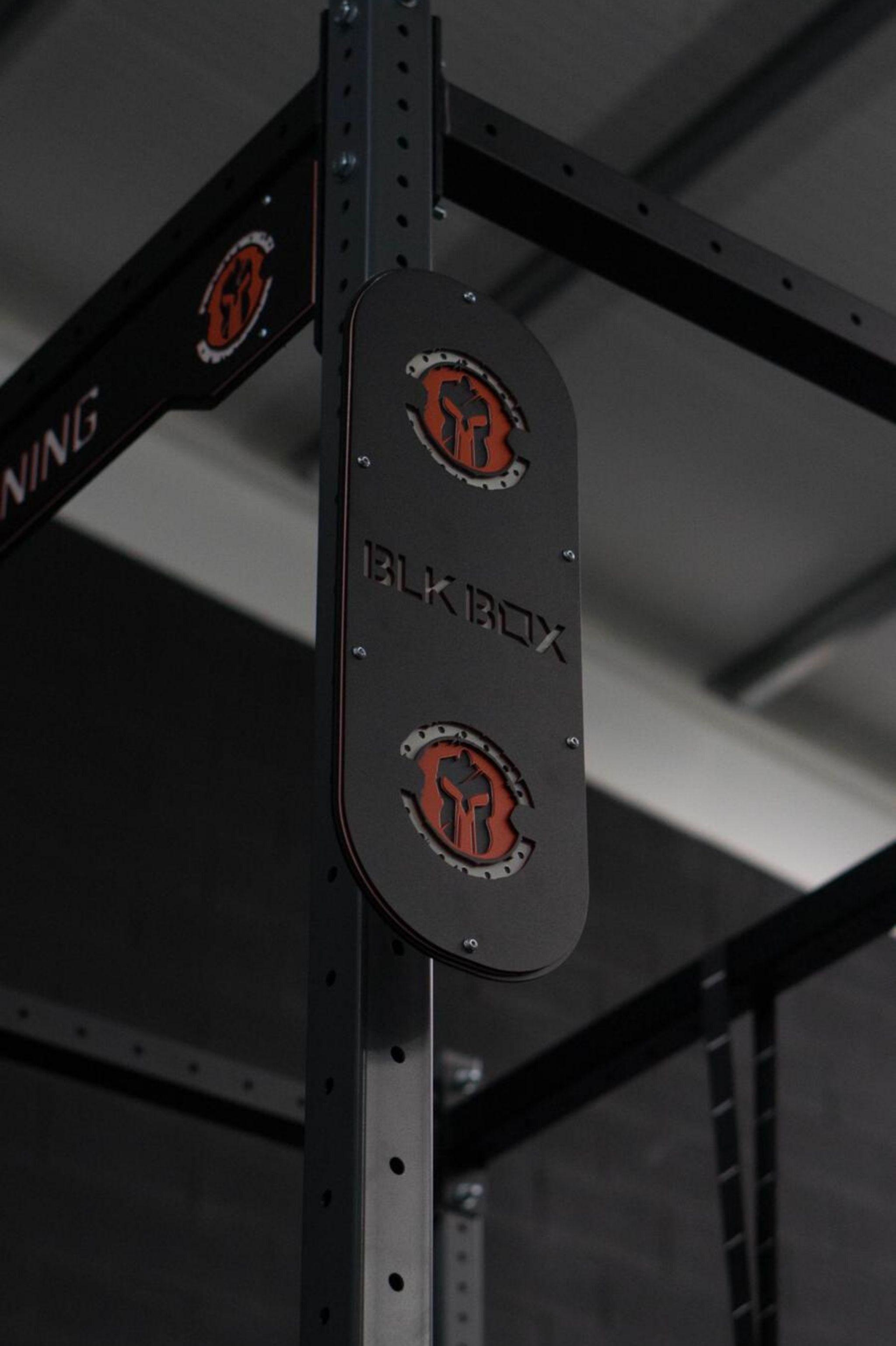 gladiator gym equipment